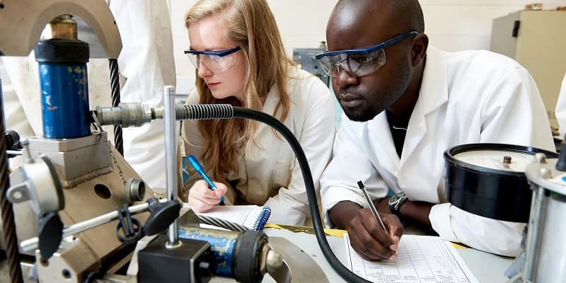 Researchers in the Engineering geology laboratory